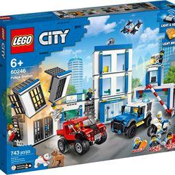 City - City Polisstation
