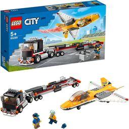 City - City Transport med flyguppvisningsjet